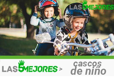 niños con casco de moto