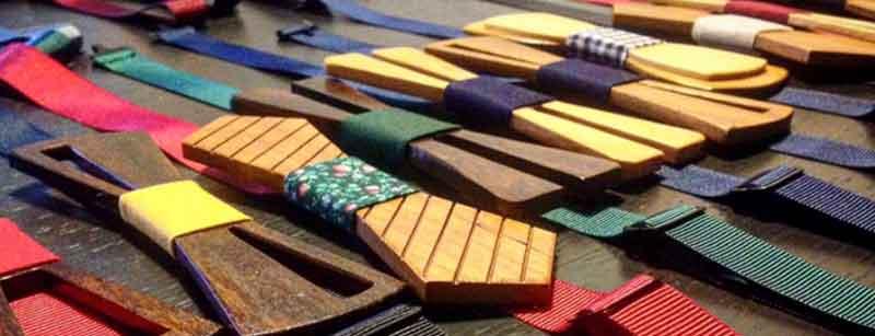 Gama de colores pajaritas de madera lisas